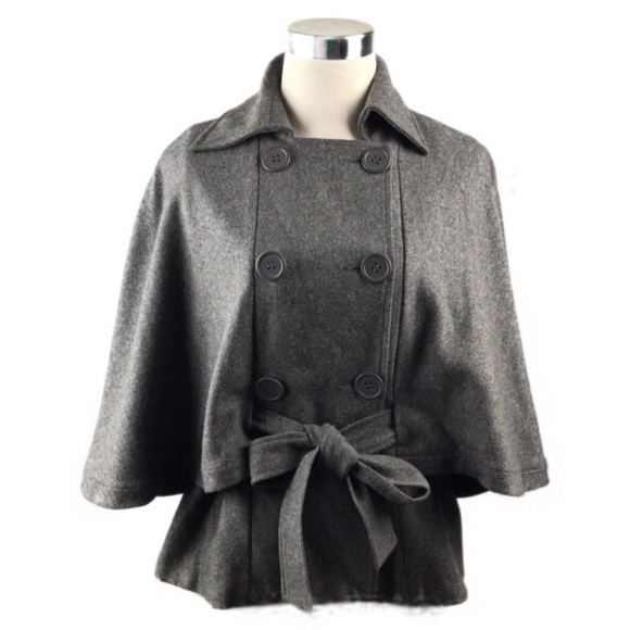 East 5th Jackets & Blazers - East 5th Gray Peacoat Style Short Cape Sz S/M